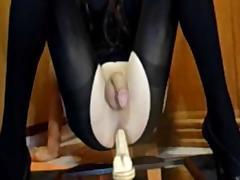 Amateur Crossdresser - Deibly prostate milking no hands