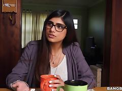 Naughty hot studs bang horny porn chick Mia Khalifa in mmf threesome fun