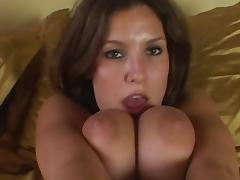 Busty babe Jamie Lynn loves showing her tits while rubbing her pussy