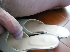 Cock on white shoes