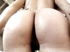 Hot babe gets her gaping asshole fucked after deepthroat