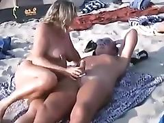 Blowjobsand sex on a nudist beach