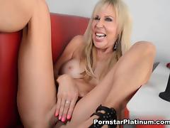 Erica Lauren in Self Serve Diner