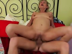 Blonde Mom Fuck Small fry