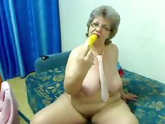 Fat granny nude front cam R20