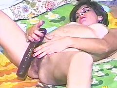Cougar with hairy pussy gets wild toying in solo model Homemade clip