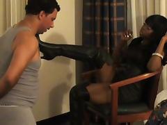 Black beauty discovers pleasures of femdom
