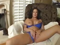 Busty Cougar Rubs her Mature Cunt