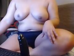 Homemade chubby porn video of me masturbating
