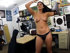 Hot and sexy brazillian lady wants to sell her Cello gets her fucked