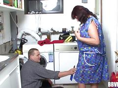 German granny fucks the handyman hardcore after blowing his boner