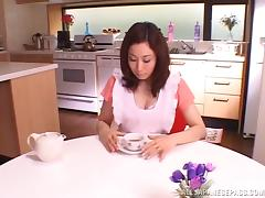 Housewife Japanese MILF loves pleasing her kinky lovers