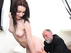 Hot Babe Lenka Smooched In The Pussy By Old Timer