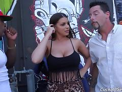 White girl with giant tits gets lost in the ghetto and gets black dicked