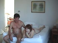 I fuck with two mature sluts in ffm threesome