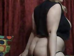 I toy my cunt in a lustful amatuer mature video clip