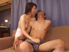 Cute Asian seductress takes him to bed for hot fucking