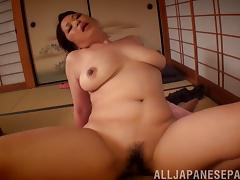 Chunky Japanese woman with big boobs loves nasty sex