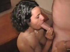 Amateur housewife facialised