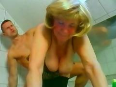 Big boobed Russian mature fucking the muscular repairman