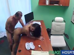 FakeHospital Doctor fucks sexy holiday maker