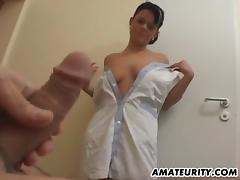Amateur girlfriend home action with facial shot