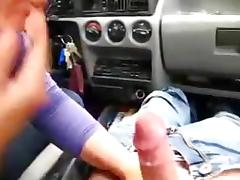 1fuckdatecom Bonne branleuse hanjob blowjob
