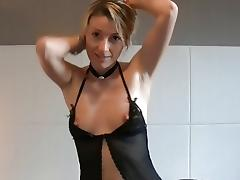 Amateur solo video clip of me posing in lingerie