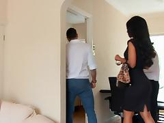 Sexy Realtor fucks a guy in order to close the deal