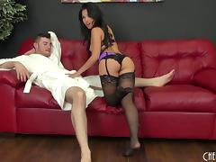 Cum hungry Cindy Starfall fucks him and lets him cum in her mouth