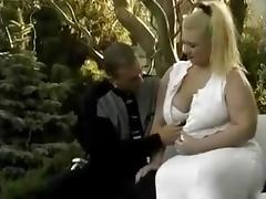 Big Thick MILF Enjoying junior Cock