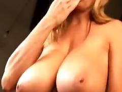 KELLY'S HUGE BOOBS IN SLOW MOTION