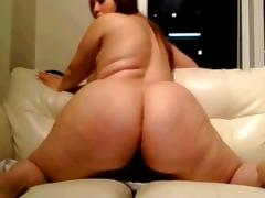 WCG: Bella's QUICK RIDE - GIANT WHITE BOOTY