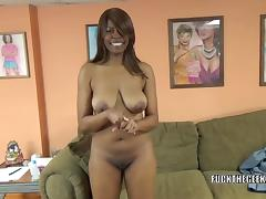 Black hottie Solah LaFlare is on her knees and sucking dick