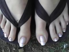 Pretty French Pedicure