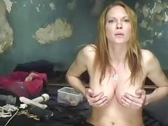 I am playing with vibrator in amateur milf video