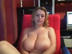 I'm in hot amateur webcam vid, touching my sexy body