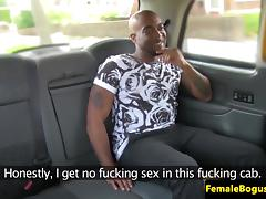 BBC loving chick cabbie seduces passenger