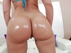 Sexy fat ass blonde girl has a threesome with a couple