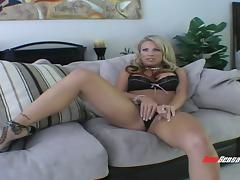 Smooth blonde mom needs to cheat in order to be satisfied