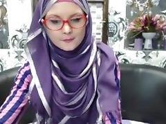 Super skinny college girl in hijab