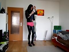 Smoking and dance in jeans und shine leggins