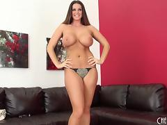 Leopard print bra holds her huge tits as the babe masturbates