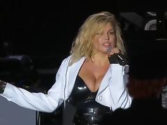 Fergie Massive Tits And Gorgeous Ass Cheeks