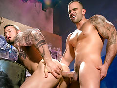 Damien Crosse & Seven Dixon in Under My Skin - Part 2 Video