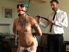 Green-haired chick and her very first bondage sex experience