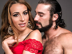 Jaxton Wheeler & Savannah Thorne in TS Sister In Law - TransSensual