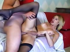 David Fenner plays oral and anal games with pretty tranny Bia Bastos