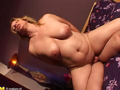 Chubby Telma still loves the feeling of having a dick inside the pussy