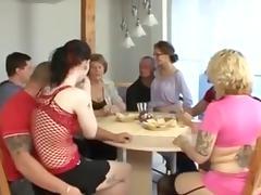 Hausfrauen.......